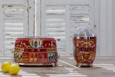 Smeg/Dolce&Gabbana customisent l'électroménager