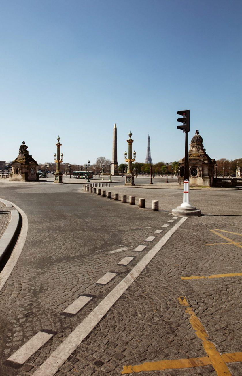 comme abandonné, Cities of Silence compile des photographies de plus de 60 grandes villes à l'arrêt