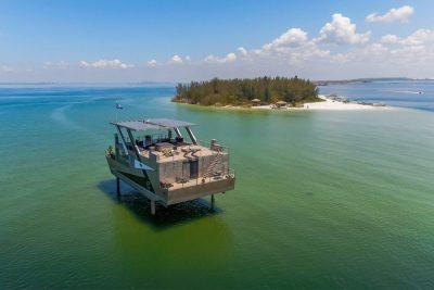Mansion Yacht est une maison sur l'eau qui peut se piloter avec un iPad